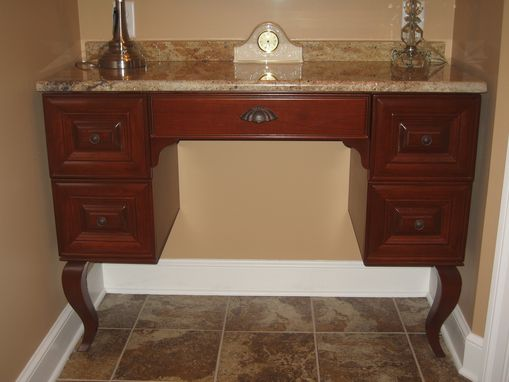 Custom Made Cabriole Leg Make-Up Vanity
