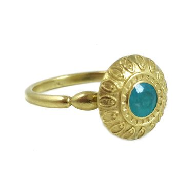 Custom Made 18kt Gold Paraiba Tourmaline Ring