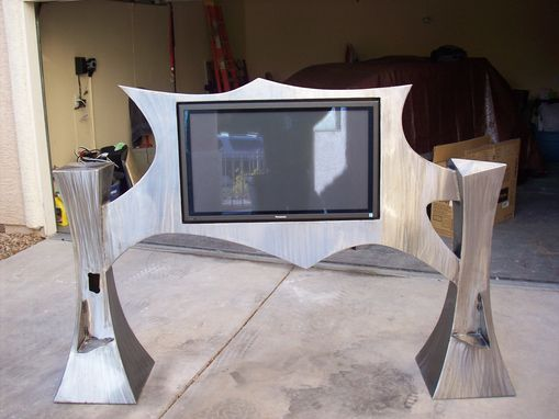 Custom Made Metal-Art Tv Bedframe