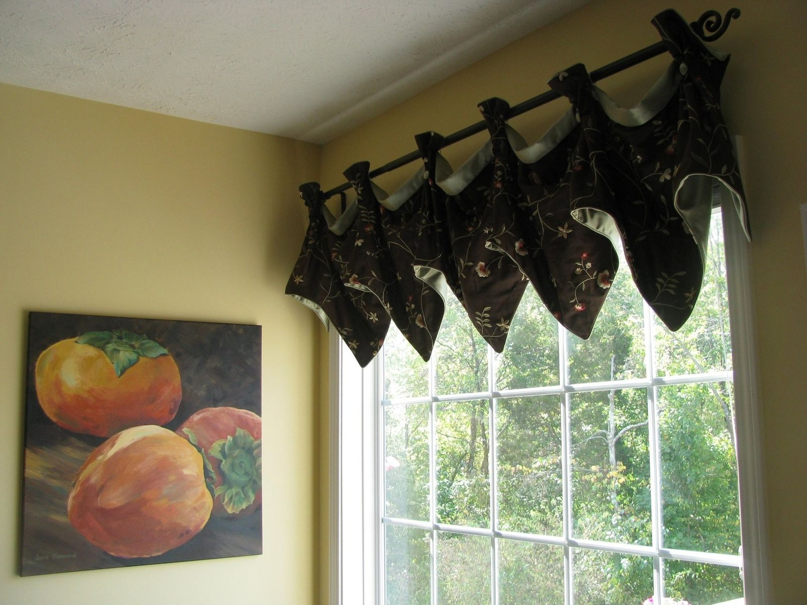 varnished combined yellow leaves valances wooden patterned brown for bay treatments pattern floral windows over living waterfall valance white green beautiful cabinet vintage striped with window kitchen venetian blinds interior room