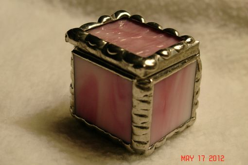 Custom Made 1 X 1 X 1 Tiny Ring Stained Glass Box In Creamy Pink And White