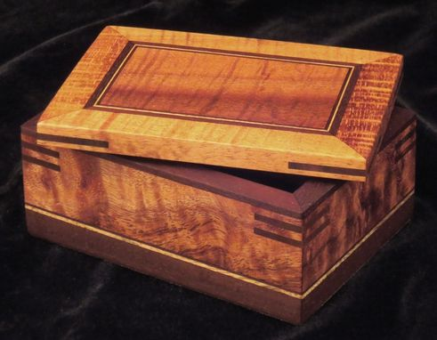 Custom Made Classic Mankomi Box