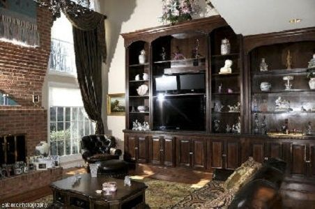 Custom Made Built-Ins