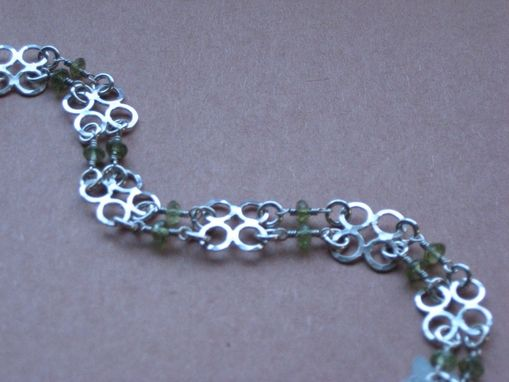 Custom Made 50% Sale Chj Sterling Silver Clover Bracelet With Genuine Peridot Faceted Beads By Cristina Hurley