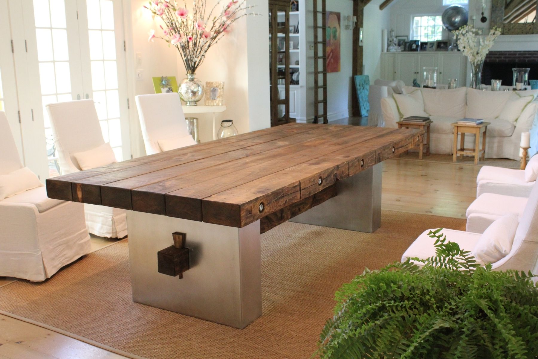 Custom barn wood dining table by j r signature creations for Mesas de comedor de madera
