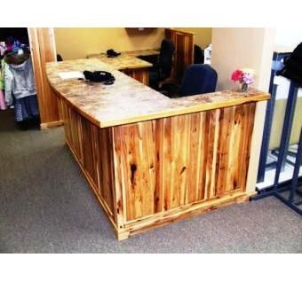 Custom Made Travel Agency Reservation Counter Work Areas