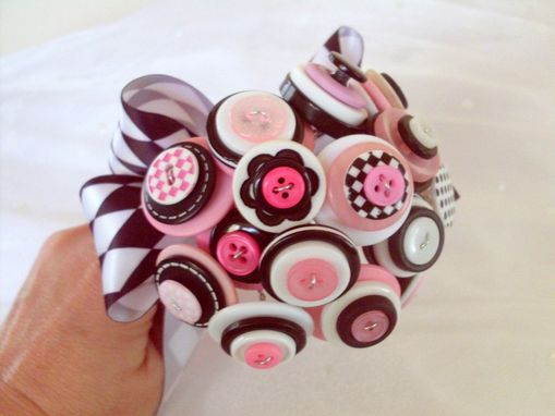 Custom Made Pink And Black Polka Dot Buttons Bouquet Package