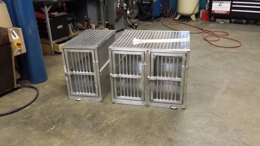 Custom Made Custom Dog Crates For Toyota Sienna