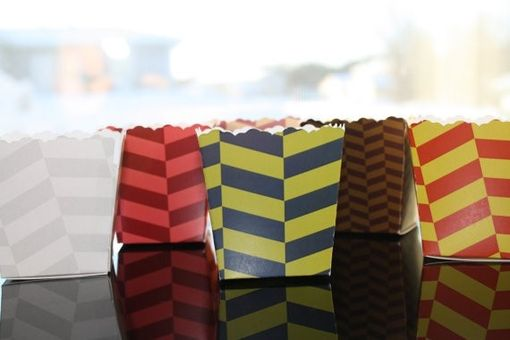 Custom Made Mini Custom Herringbone Design Favor Boxes