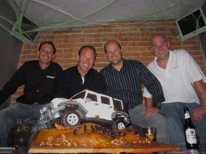 Hand Crafted Quot Climbing 40 Quot Jeep Rubicon Cake By Art2eat