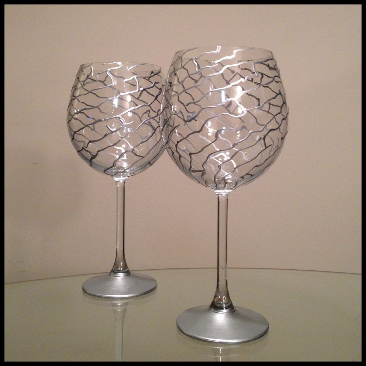 Custom hand painted wine glasses silver abstract design for Diy painted wine glasses