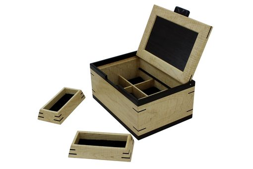 Custom Made Men'S Valet & Watch Box | Solid Figured Maple & Wenge