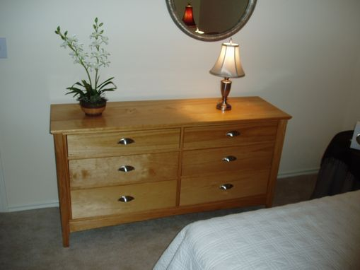 Custom Made Dresser, 6 Drawers - Pine