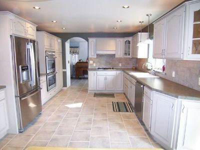 Custom Made White Maple Kitchen Cabinets