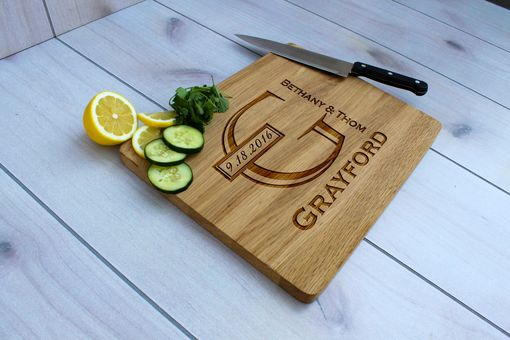 Custom Made Personalized Cutting Board, Engraved Cutting Board, Custom Wedding Gift – Cb-Wo-Grayford