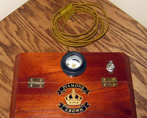 Custom Made Cigar Box Desk Lamp: Diamond Crown