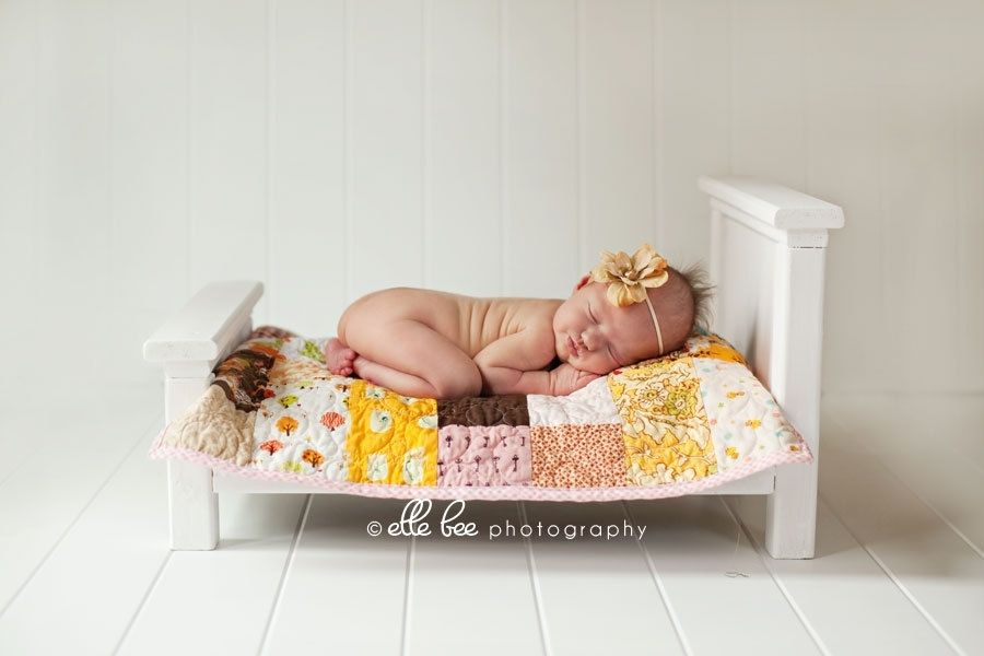 Custom made newborn photo prop classic antique white doll bed w complete quilt bedding set