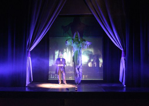 Custom Made Theatre, Event And Wedding Set Pieces And Props