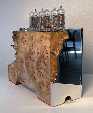 "Custom Made Elm Burl ""Nixie"" Tube Clock"
