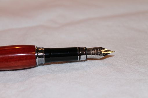 Custom Made Classic Fountain Pen - Bloodwood