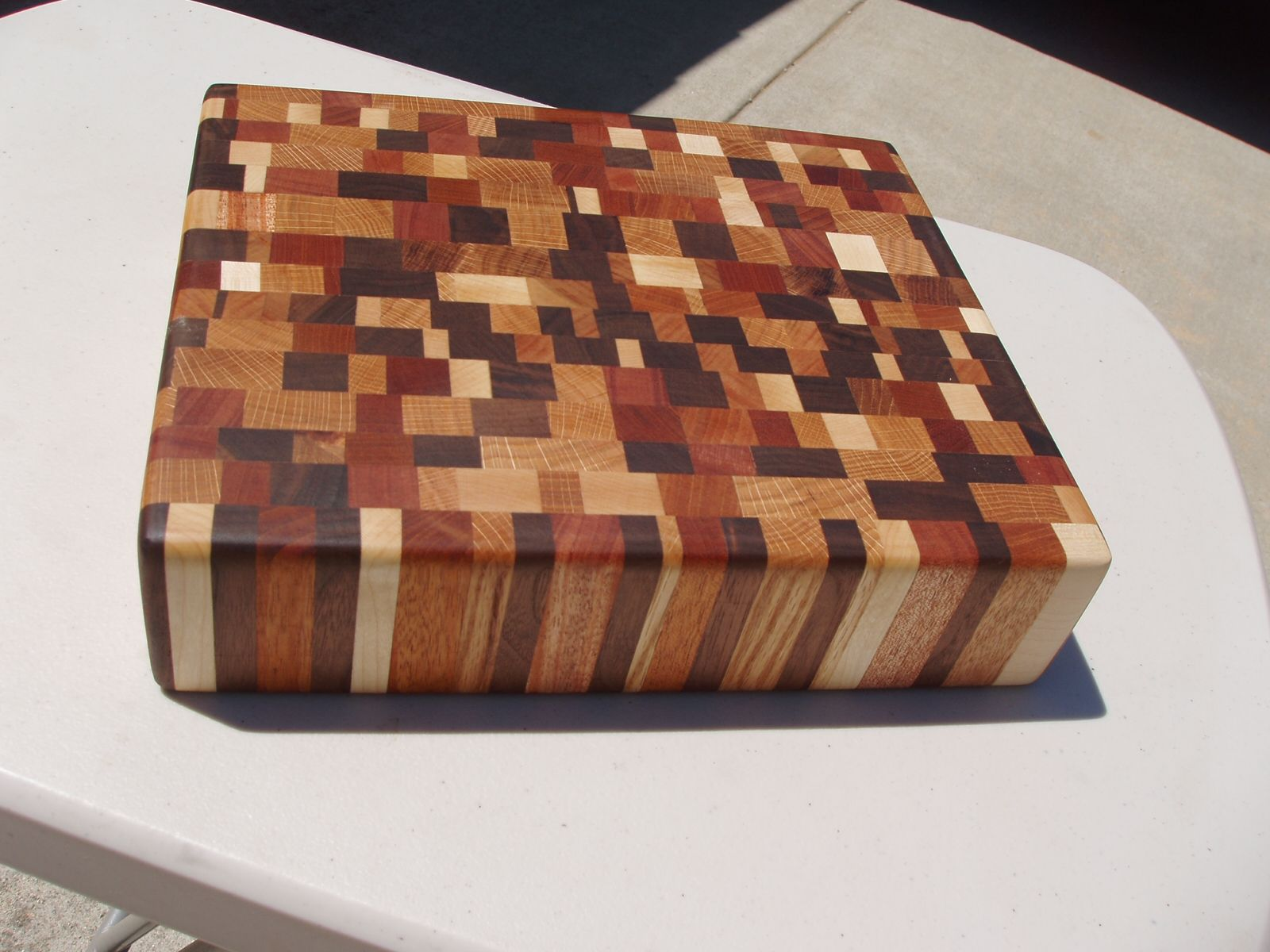 how to make a chess cutting board