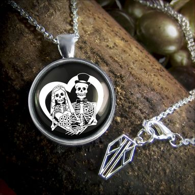 Custom Made Day Of The Dead Bride & Groom Platinum Edition Silver Necklace 66-Srpn
