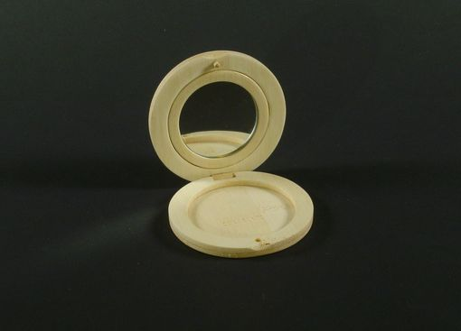 Custom Made Bamboo Cosmetic Compacts