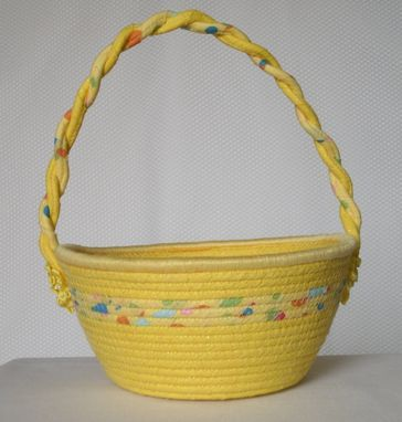 Custom Made Cloth Basket W/Handle - Coiled - Wrapped Clothesline - Small Round - Yellow