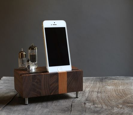 Custom Made Handcrafted Led Illuminated Dock For Iphone Samsung Galaxy