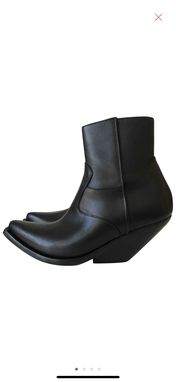 Custom Made Made To Ordeer Ankle Boots In Genuine Full Grain Leather And Extreme Slanted Heel Active