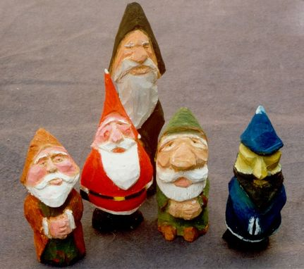 Custom Made Santas And Figures - Small Scale Carvings