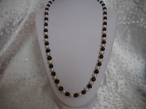 Custom Made Black And White Freshwater Pearl Strand