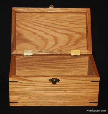 Custom Made (One Available Buy Now) Oak Keepsake Box With Walnut Miter Keys/Joints - Handmade