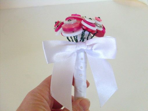 Custom Made Pink Button Bouquet Guest Book Pen