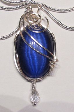 Custom Made Blueberry Cat's Eye Pendant