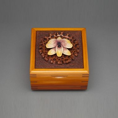 "Custom Made Keepsake Box ""Orcid"""