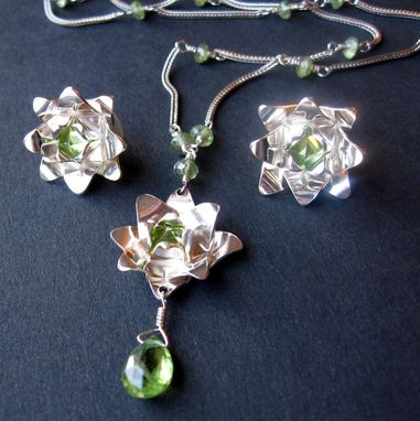 Custom Made Free Shipping Chj Lotus Set With Peridot