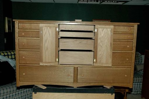 Custom Made Quartersawn Oak Womens Dresser