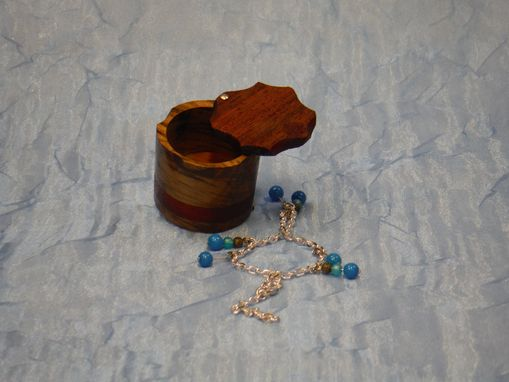 Custom Made Small Swivel-Top Ring Box