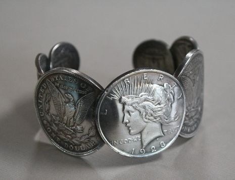 Custom Made Unisex U.S Peace Coin Cuff Bracelet Size 8 (Large)
