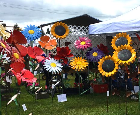 Custom Made Giant Flowers Of All Kinds