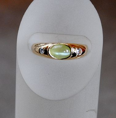 Custom Made 14k Gold Ring With Diamonds And Cat's Eye Chrysoberyl