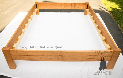 simple queen size platform bed frame hardwoods ash oak maple ambrosia maple cherry or walnut - Platform Bed Frames Queen