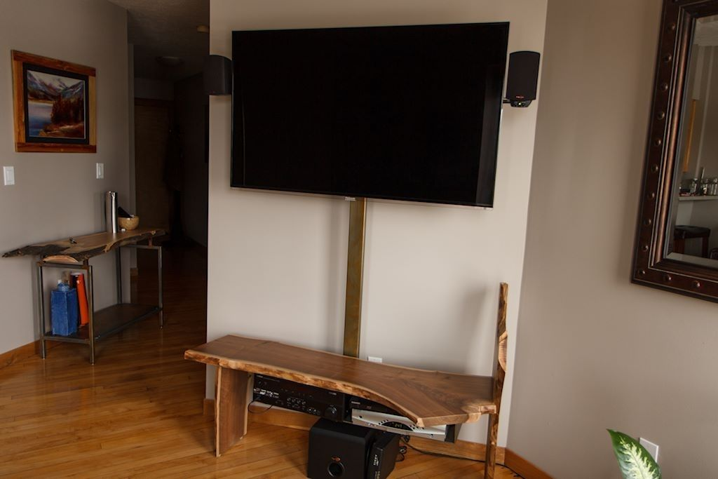 Custom live edge flat screen tv console by idea custom - Made com meuble tv ...