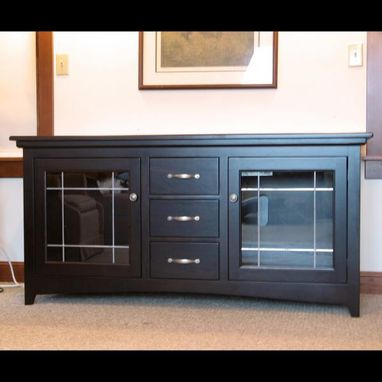 handmade hand made espresso cherry wide screen tv stand by ivy lane fine furniture. Black Bedroom Furniture Sets. Home Design Ideas