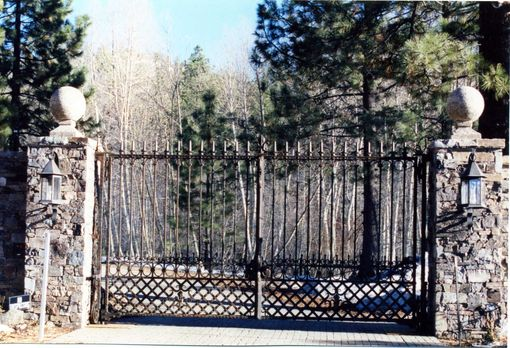 Hand Made Cattail Amp Reed Estates Entry Gates Amp Fencing By
