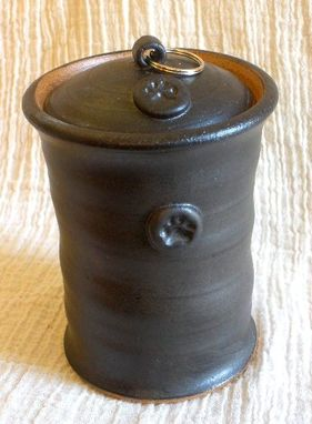 Custom Made Classic Cylinder Pet Urn