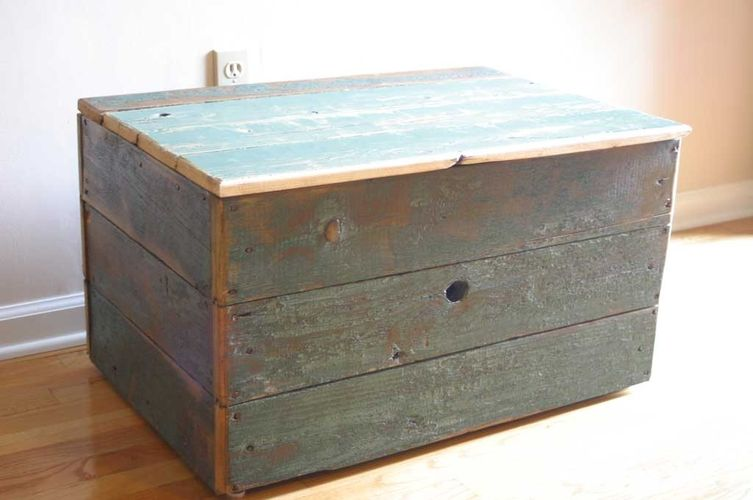 Hand Made Reclaimed Barn Wood Storage Chest by Tim Sway Perspectives |  CustomMade.com - Hand Made Reclaimed Barn Wood Storage Chest By Tim Sway