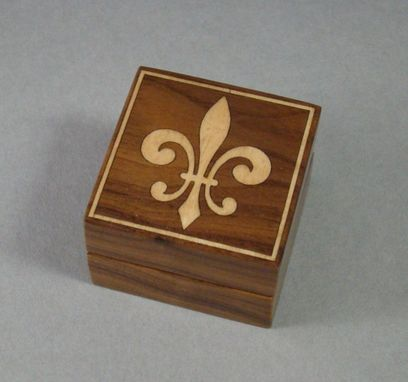 Custom Made Engagement Ring Box With Inlay.  Free Engraving And Shipping. Rb21