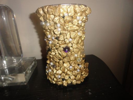 Custom Made Gold Nugget Vase W/Black & White Pearl Beads